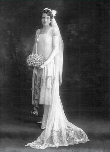 mariage, robe de mariée, couple, vampire, fantôme, spectre, revenant